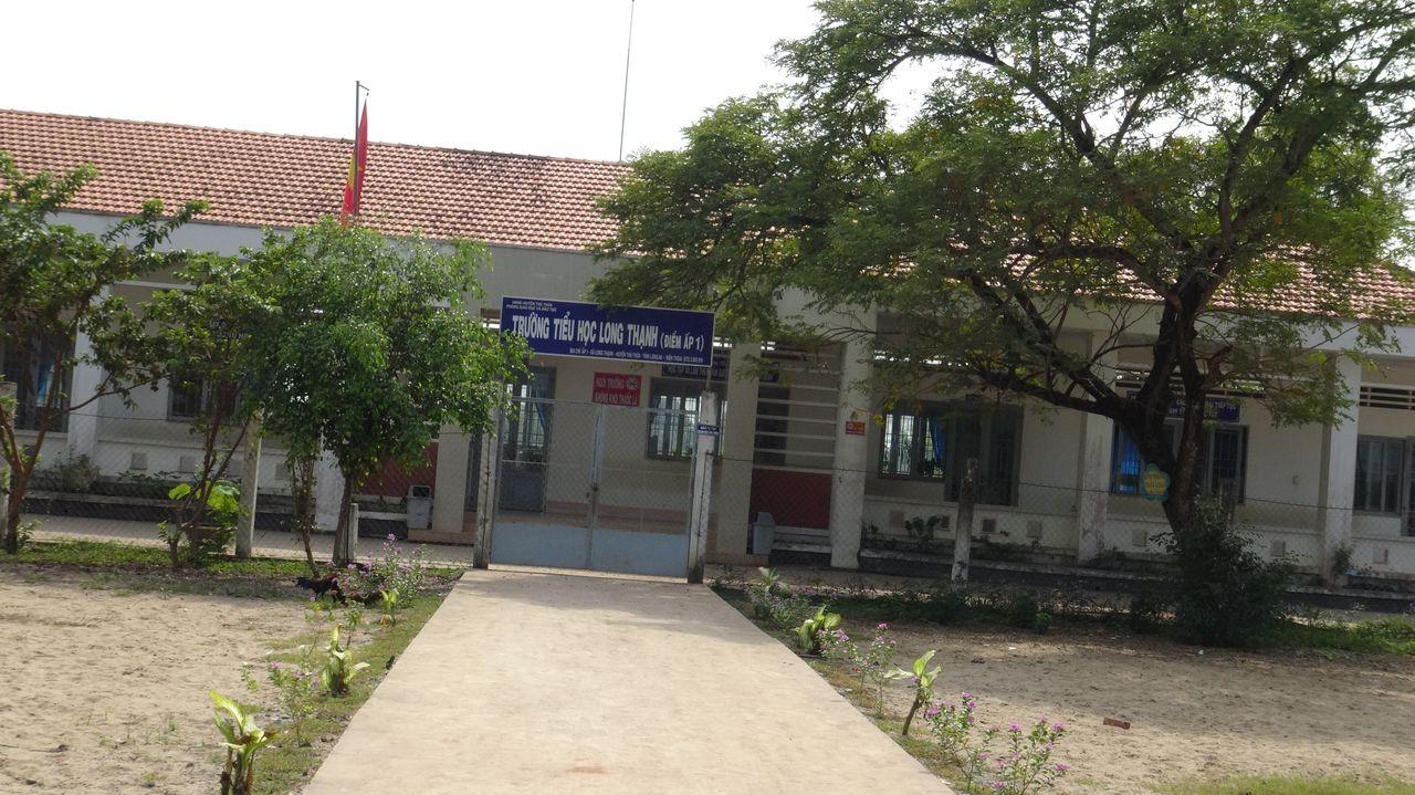 Province de Long An (2) école ayant le puits à refaire