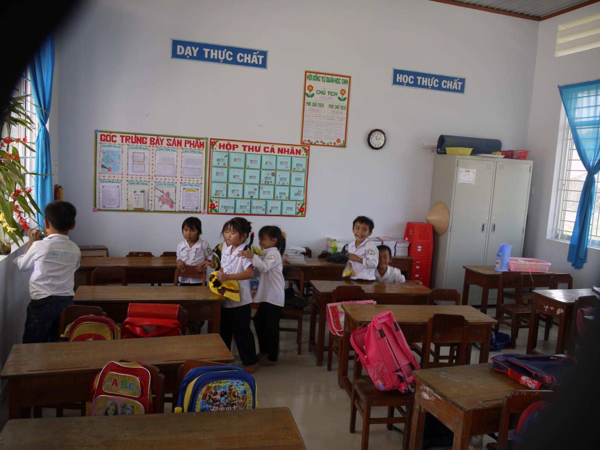 Classe restaurée d'une Ecole au Vietnam